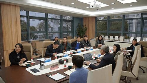 Wu Qiang at meeting in Medicilon